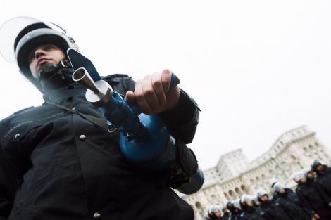 Jandarmeria: Echipamente anti-revolta de peste 42 mil. lei