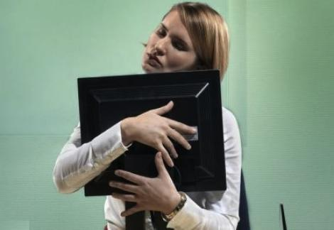 Studiu: Dependenta de internet poate avea simptome asemanatoare cu sevrajul fumatorilor