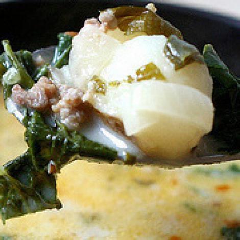 Reteta italiana: Ciorba de cartofi cu busuioc