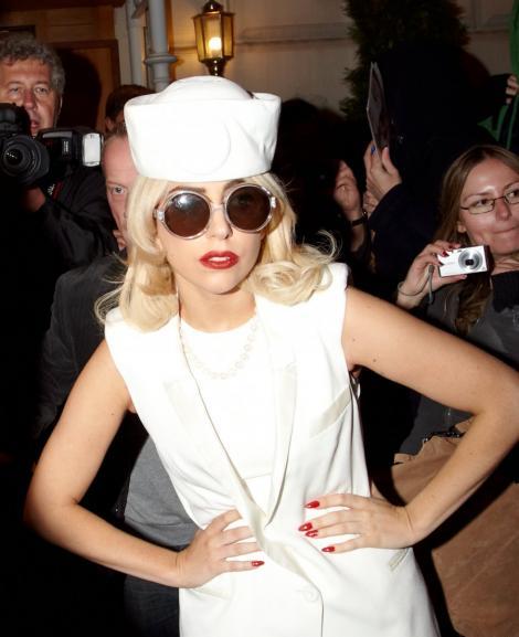 Lady Gaga a fost Marilyn Monroe la ziua lui Bill Clinton