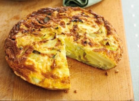 Reteta: Tortilla cu branza, praz si cartofi