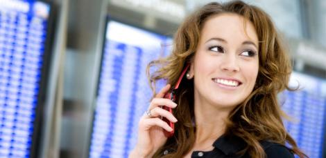 Studiu: 57% dintre romani au telefon si doar un sfert masina