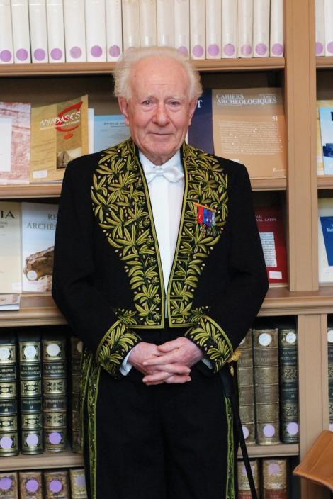 Cel mai mare istoric francez al crestinismului, Jean Delumeau, Doctor Honoris Causa al Universitatii din Bucuresti