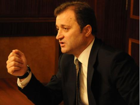 "Vlad Filat: ""Chisinaul va refuza cererea Moscovei de a deschide sectii de votare in Transnistria"""