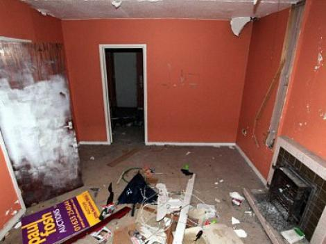FOTO! Cea mai ieftina casa din Marea Britanie costa sapte mii de euro!
