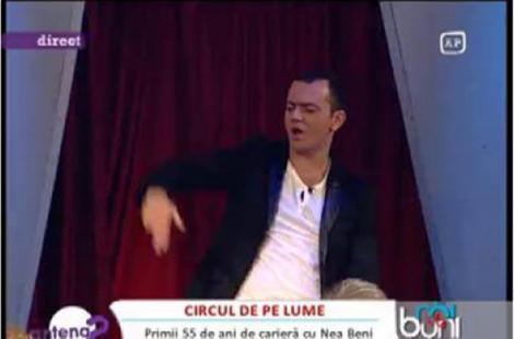 """VIDEO! Mihai Morar a dansat pe masa la """"Rai da' Buni"""""""