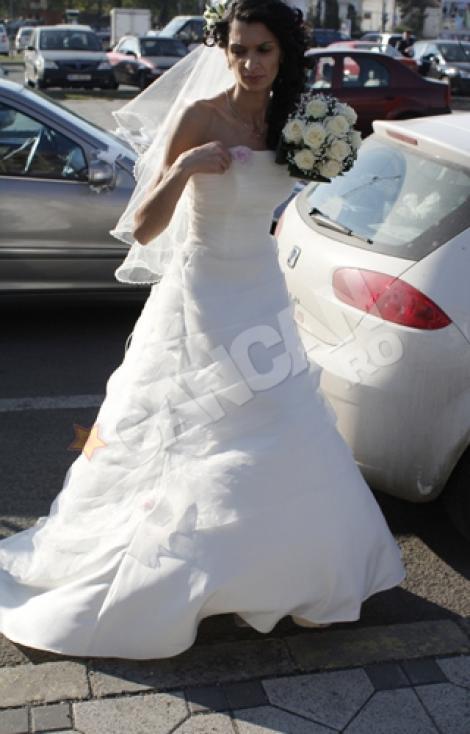 FOTO! Alina Gabor, in rochie de mireasa! Iti place?!