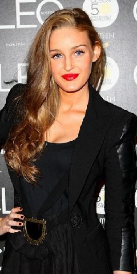 FOTO! Leonardo DiCaprio s-a combinat cu o concurenta Next Top Model!