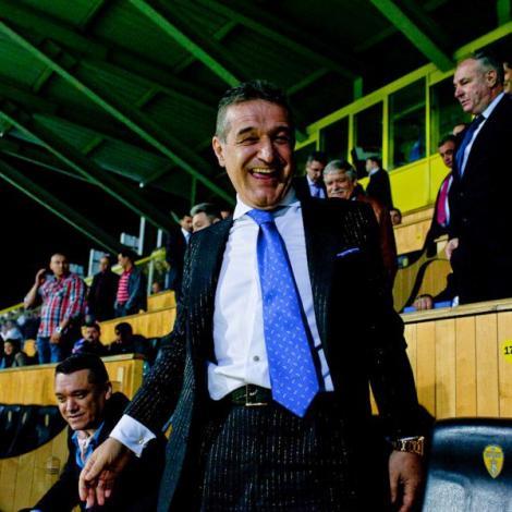 "Gigi Becali: ""Piturca are noroc doar cand joaca pe bani multi, la ruleta"""