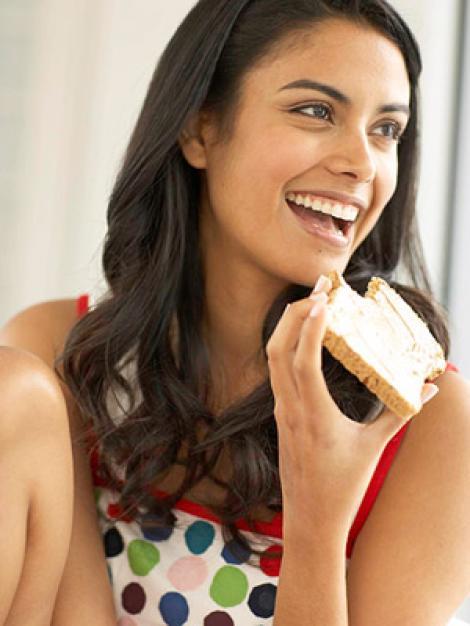 7 alimente controversate pe care ai voie sa le incluzi in cura ta de slabire