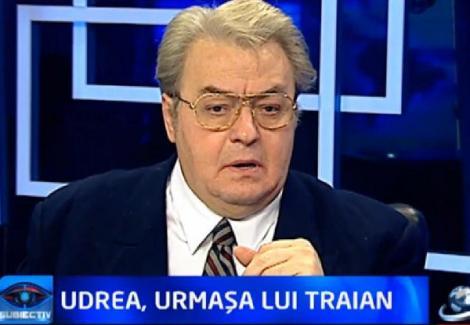 "Vadim Tudor: ""I-am spus Elenei Udrea sa faca mai bine un copil"""