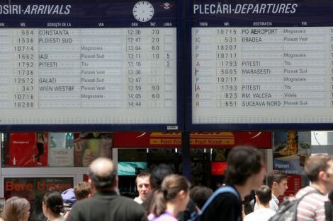 VIDEO! Trenuri blocate pe rutele Timisoara-Bucuresti si Pitesti - Bucuresti