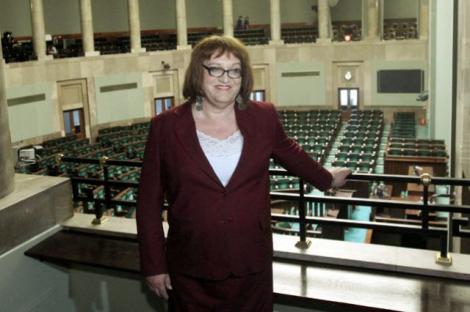 VIDEO! Primul parlamentar transsexual din Polonia depune azi juramantul