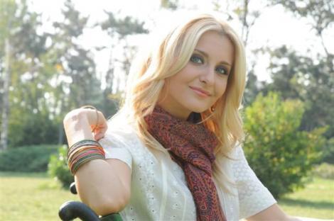VIDEO! Cadou muzical de la Alina Sorescu