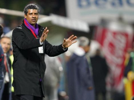 PSG il vrea pe Rijkaard