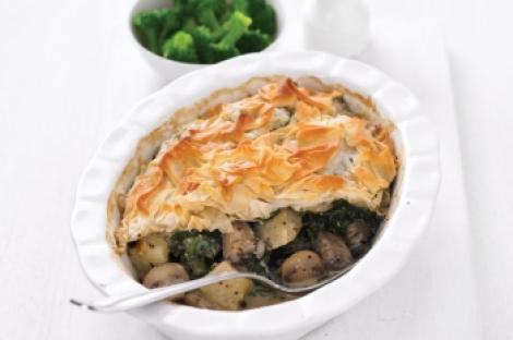 Reteta: Placinta de ciuperci, spanac si cartofi