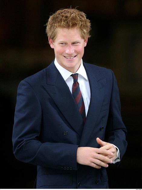 FOTO! Vezi gestul printului Harry care a uimit Marea Britanie!