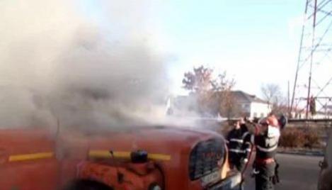 VIDEO! Un TIR a luat foc in Zalau