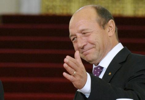 Traian Basescu a efectuat vizita medicala anuala, la Spitalul Militar Central