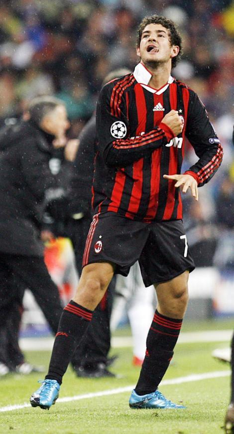 O noua lovitura data de PSG! Pato va semna pe 4 ianuarie