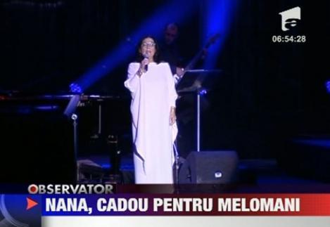 VIDEO! Nana Mouskouri a incantat publicul la Sala Palatului