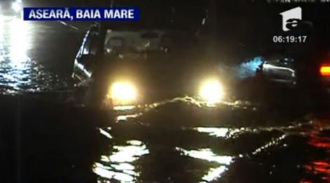 VIDEO! Inundatii in Maramures - mai multe drumuri nationale, blocate 