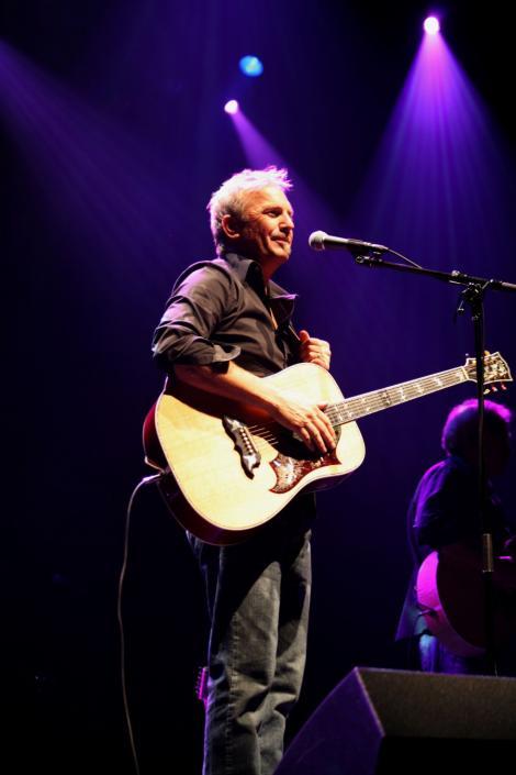 Kevin Costner concerteaza la Bucuresti in Club Tribute pe 12 decembrie!
