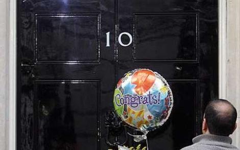 "Premierul britanic a dat 75.000 € pe renovarea ""Downing Street No.10"""