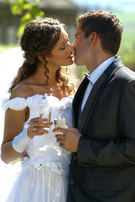 Nunta inedita in SUA: 2 americani s-au casatorit in cadrul unui maraton