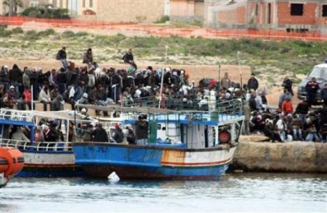 Italia: Stare de urgenta umanitara din cauza imigrantilor tunisieni