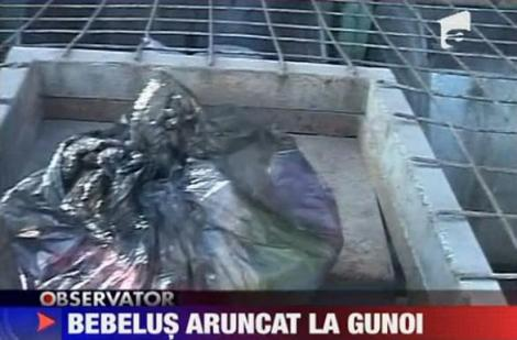 VIDEO! Constanta: Bebelus aruncat la gunoi