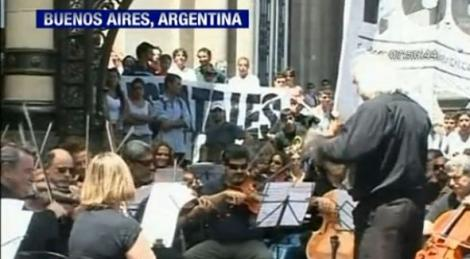 VIDEO! Protest muzical la Buenos Aires