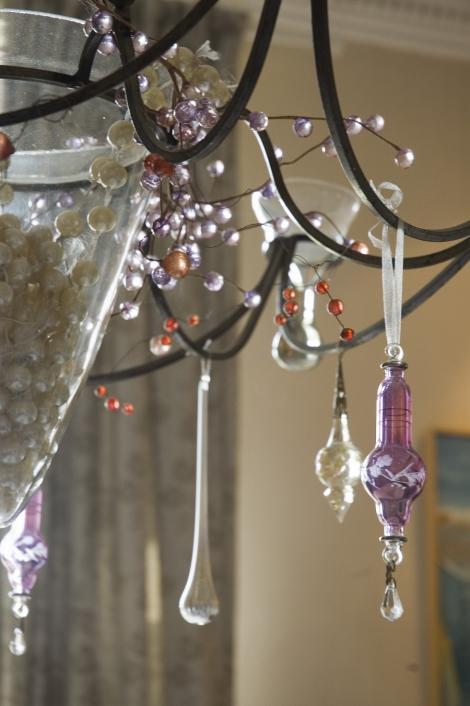 Decoratiuni moderne din sticla pentru casa ta