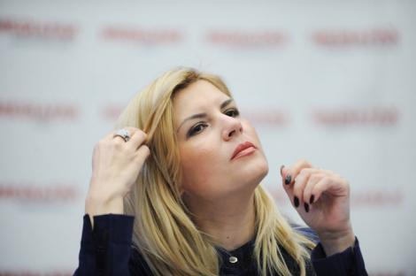 "Elena Udrea: ""Antonescu si Ponta habar nu au cum este sa guvernezi"""