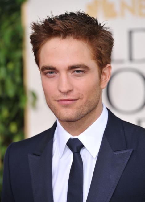 Actorul Robert Pattinson, jignit in public de mama unei adolescente