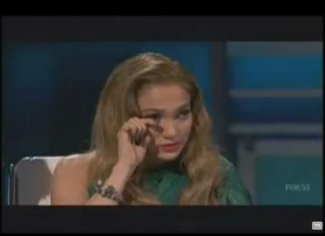 VIDEO! Jennifer Lopez a izbucnit in plans la American Idol