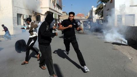 UPDATE! Fortele lui Gaddafi impusca manifestantii la Tripoli. SUA vor sa intervina in forta