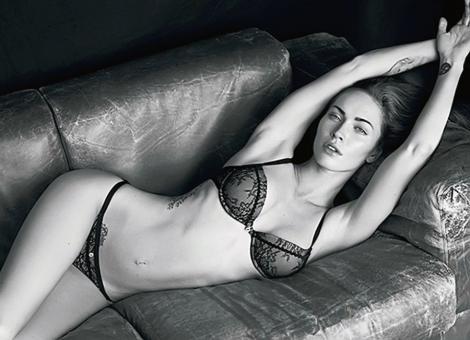 VIDEO! Megan Fox, in lenjerie intima pentru Armani