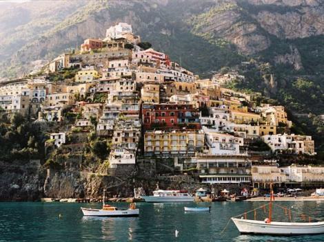 Calatorie pe taramul mediteraneean. Coasta Amalfi, pasiune si culoare