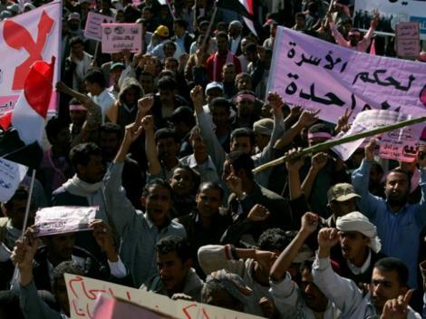 """Ziua furiei"" in Yemen: Mii de oameni protesteaza in centrul capitalei"