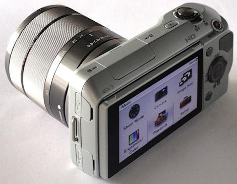 Sony aduce fotografia NEX(t) generation: obiective mari la camere compacte
