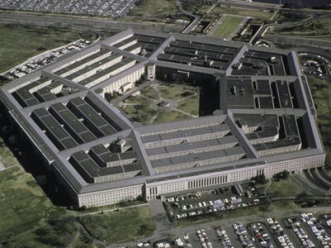 Pentagonul pozitioneaza trupe americane in jurul Libiei