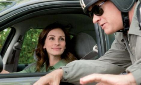 """""""Larry Crowne""""- un nou film cu Tom Hanks si Julia Roberts, in rolurile principale"""