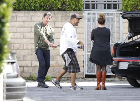FOTO! Sylvester Stallone si-a amenintat sotia cu o bata de baseball