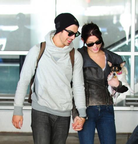 Ashley Greene si Joe Jonas s-au despartit!