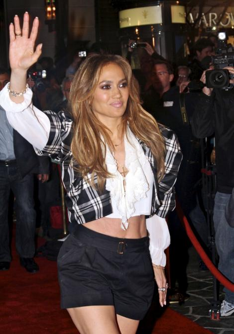 VIDEO! Jennifer Lopez are pretentii de vedeta
