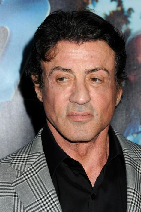 Silvester Stallone lanseaza o linie vestimentara