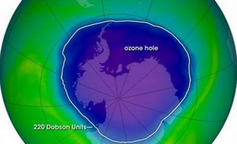 """VIDEO! O """"gaura"""" din stratul de ozon va ajunge deasupra Europei de Est in zilele urmatoare"""