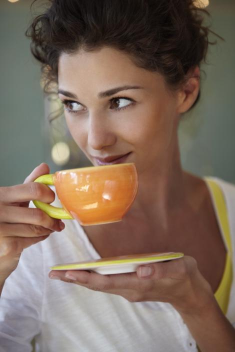 Ceaiul rece favorizeaza aparitia pietrelor la rinichi