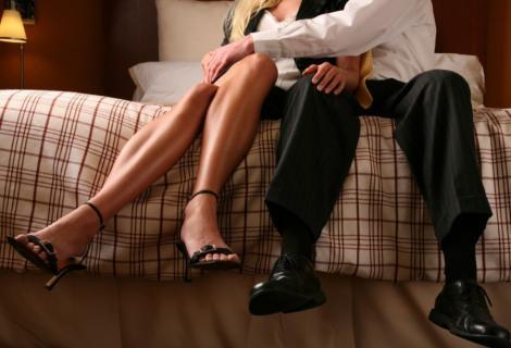 Infidelitatea in cuplu - motive pentru care ele insala